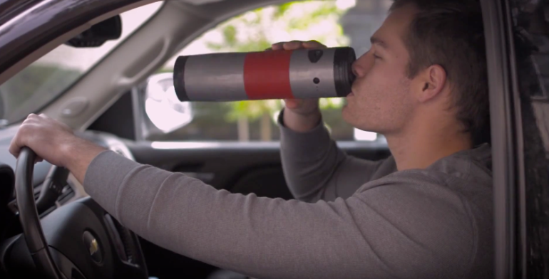 Try Mojoe, A Battery-Powered Coffeemaker That Doubles As a Travel Mug-1