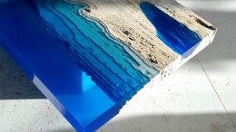 Lagoon_Coffee_Table_Mimics_Blue_Ocean_2