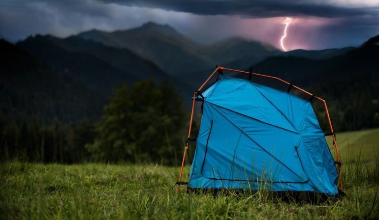 Bolt_Tent_Designed_Protect_Against_Lightning_8