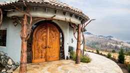 This Fantastical Dwelling Looks Like The House Gandalf Would Reside In-1