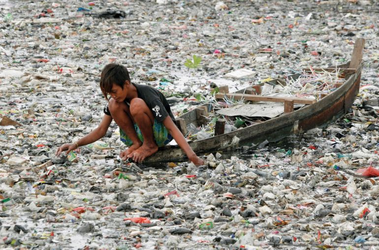 Japanese Scientists Discover Bacteria That Feed On Plastic-2
