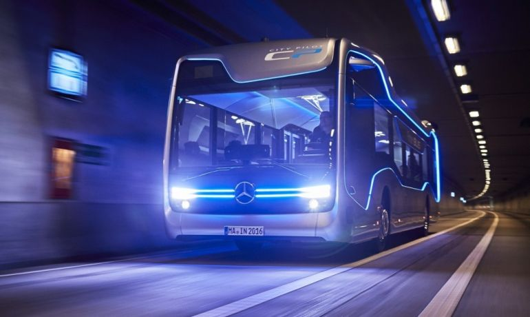 Mercedes-Benz's Self-Driving Future Bus Covers Its First 20 KM-2