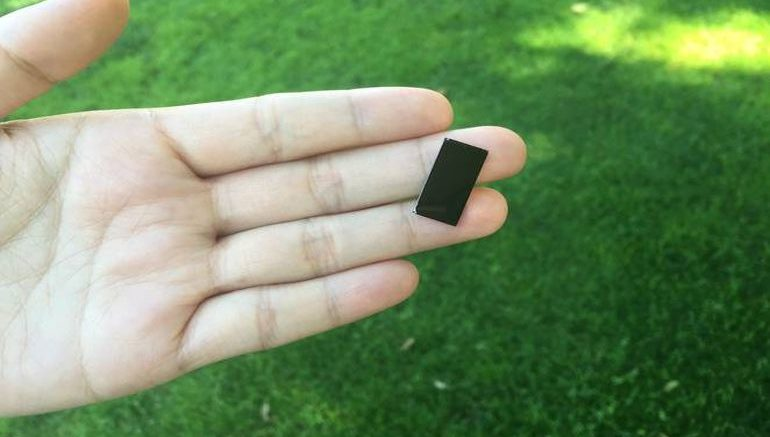 This Small Device Uses Sunlight To Disinfect Water Within Minutes-2