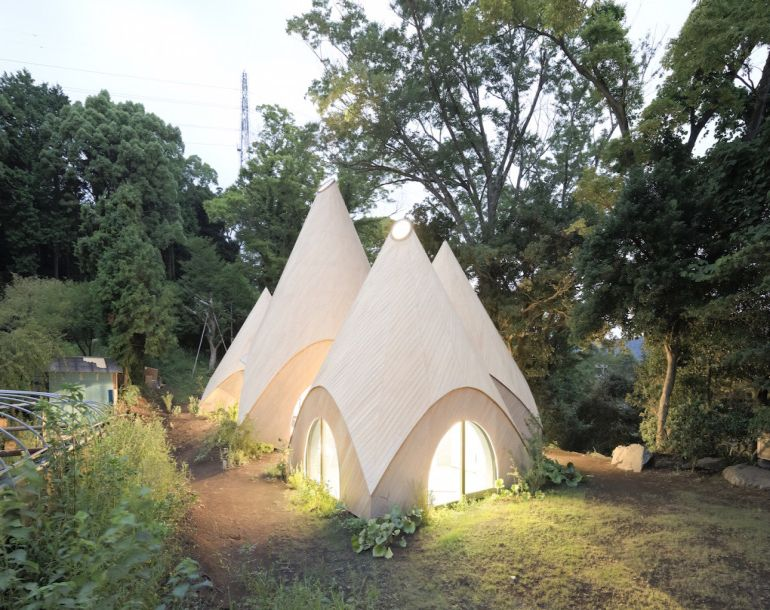 these-striking-teepee-shaped-huts-in-japan-offer-care-to-the-elderly-12
