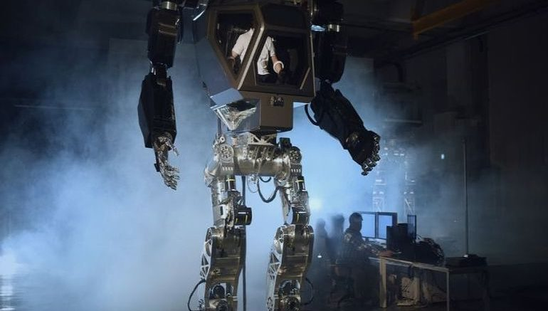 This 13-Foot-Tall Mech-Suit Robot Could Help With Fukushima Cleanup-10