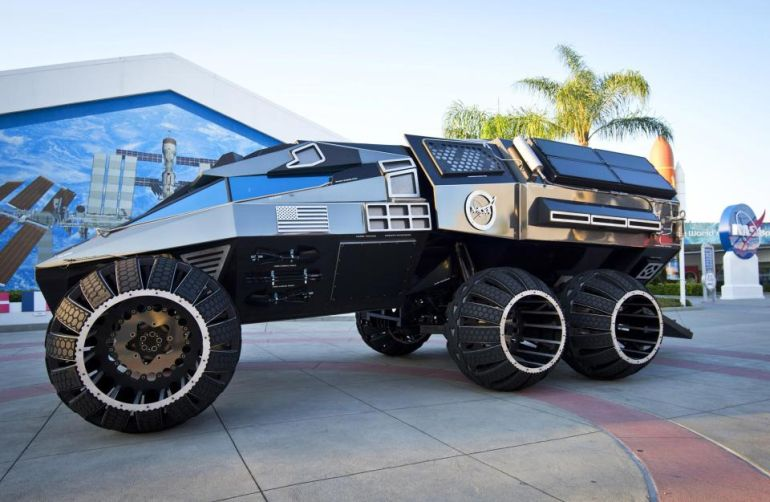 This Batmobile-esque Behemoth Is NASA's Latest Mars Rover Concept-3